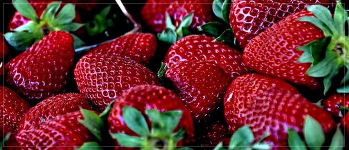 Strawberry Healthy Diet to Prevent Fair Fall